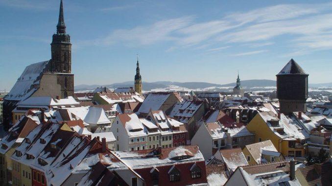Bautzen ist die Stadt der Türme und unweit vom Oberlausitzer Bergland entfernt.