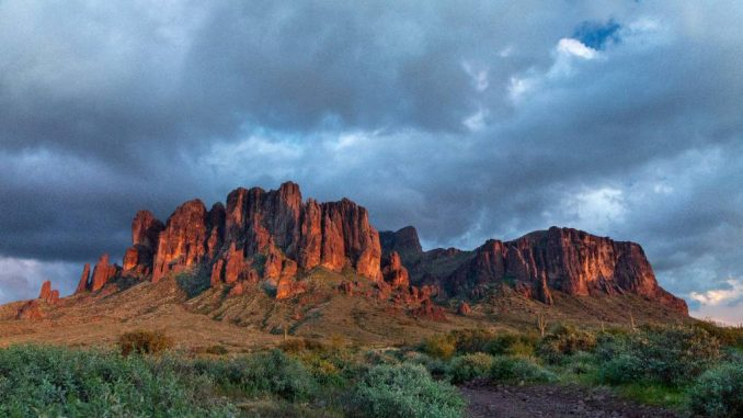 Superstition-Mountains-Lost-Dutchman-State-Park-c-Arizona-State-Parks-and-Trails